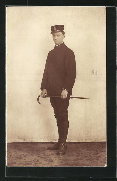 AK Junge in Briefträger Uniform