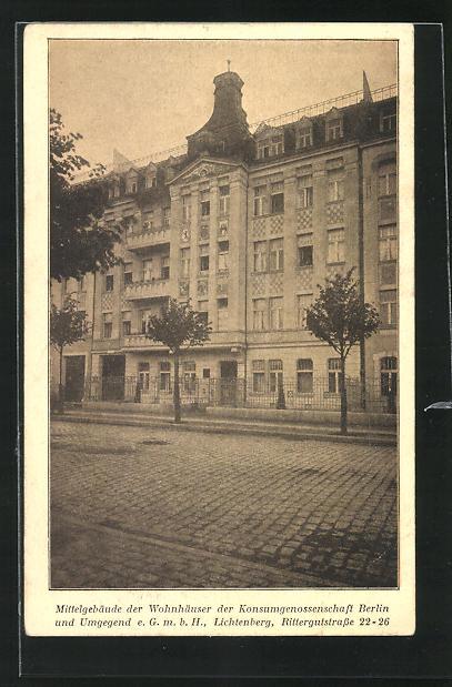 AK Berlin-Lichtenberg, Mittelgebäude der Wohnhäuser der Konsumgenossenschaft Berlin, Rittergutstrasse 22-26