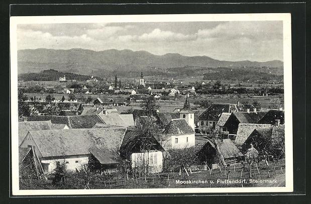 AK Mooskirchen / Steiermark, Fluttendorf mit Häuser, Kirche und Umgebung