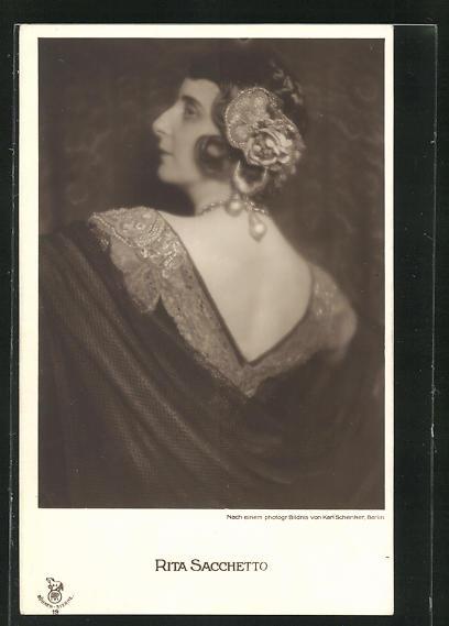 AK Schauspielerin Rita Sacchetto im Kostüm einer Filmrolle