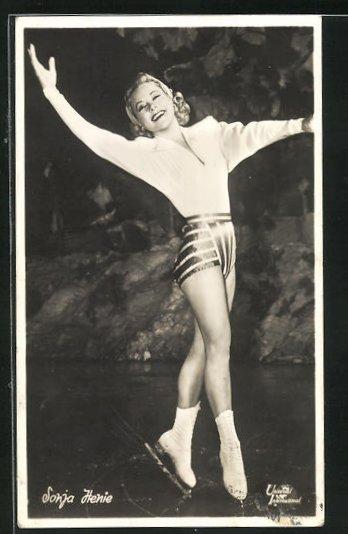 AK Schauspielerin Sonja Henie im Kostüm einer Filmrolle