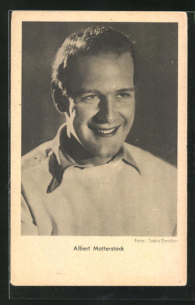AK Schauspieler Albert Matterstock zur Seite lächelnd