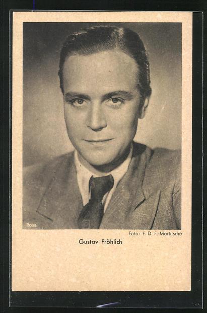 AK Schauspieler Gustav Fröhlich mit ernsten Blick im Anzug porträtiert
