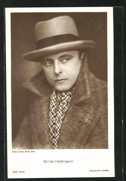 AK Schauspieler Ernst Hofmann im Kostüm einer Filmrolle
