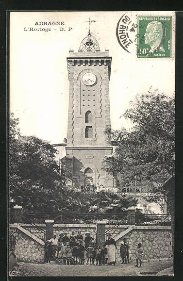 AK Aubagne, L`Horloge, Blick zum Uhrturm