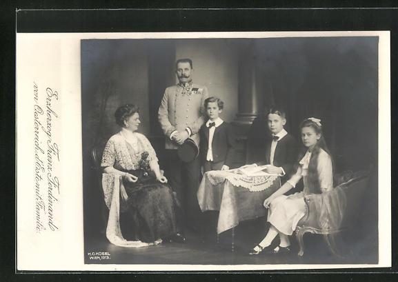 AK Erzherzog Franz Ferdinand von Österreich d`Este im Kreise seiner Familie