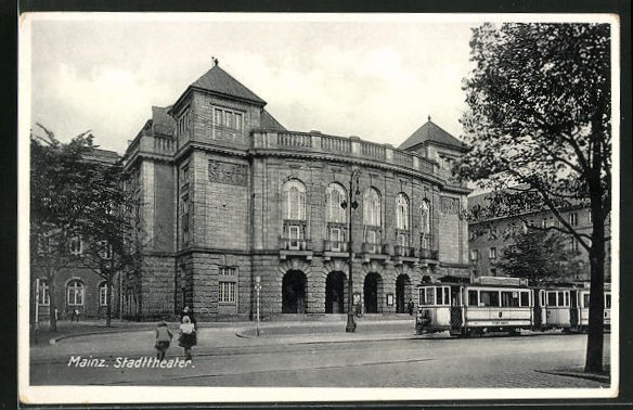 AK Mainz, Strassenbahn vor dem Stadttheater