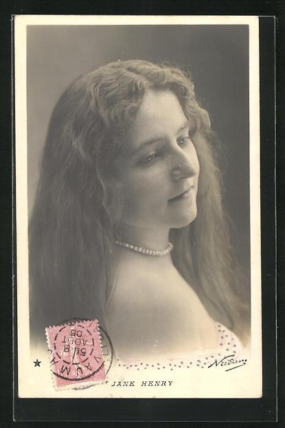 Foto-AK Nadar Nr. 762: Portrait Jane Henry mit Halskette