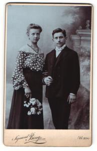 Fotografie Sigmund Bing, Wien, Portrait junges bürgerliches Paar