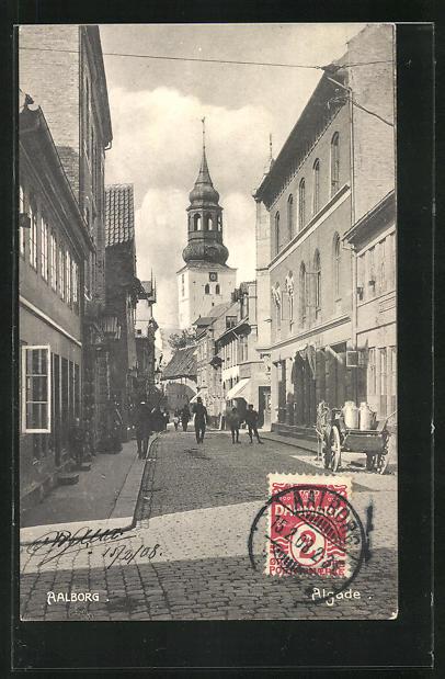 AK Aalborg, Algade, Strassenpartie mit Kirchturm