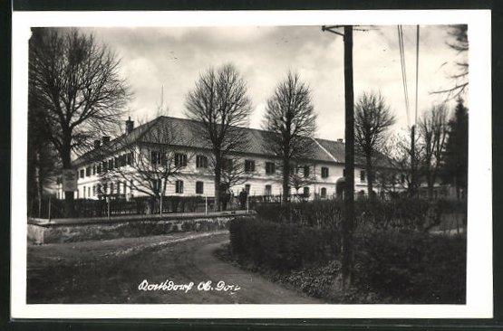 AK Katsdorf, Strassenpartie mit Gebäudeansicht