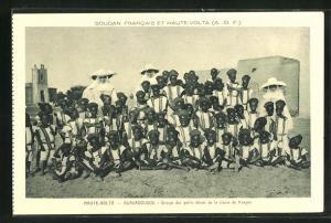 AK Haute Volta-Ouagadougou, Groupe des petits éléves de la classe de francais