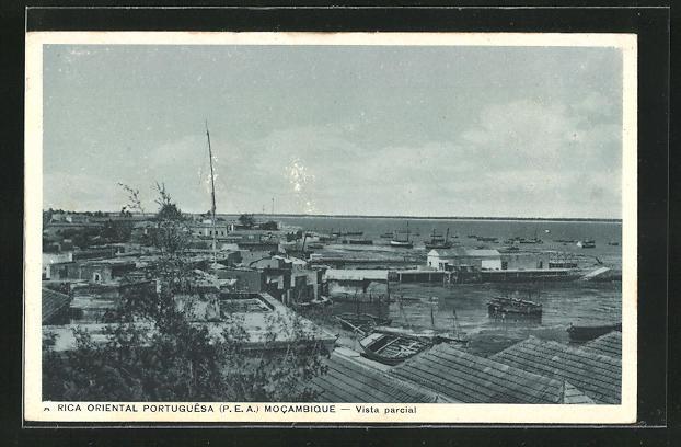 AK Mocambique, Vista parcial, Teilansicht der Stadt
