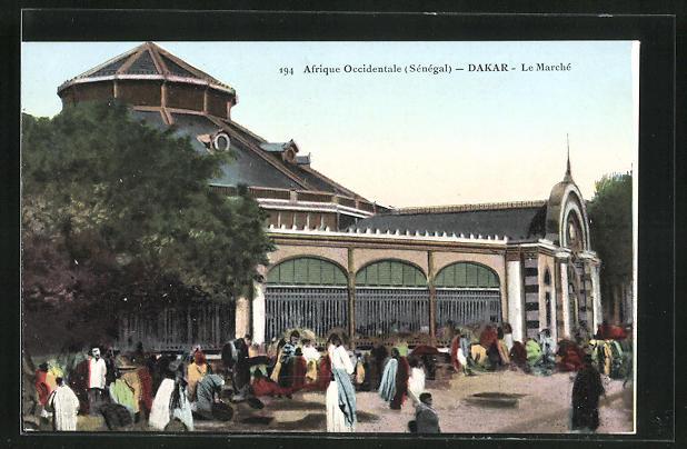 AK Dakar, Le Marché, Buntes Treiben an der Markthalle