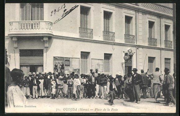 AK Oudjda, Place de la Poste