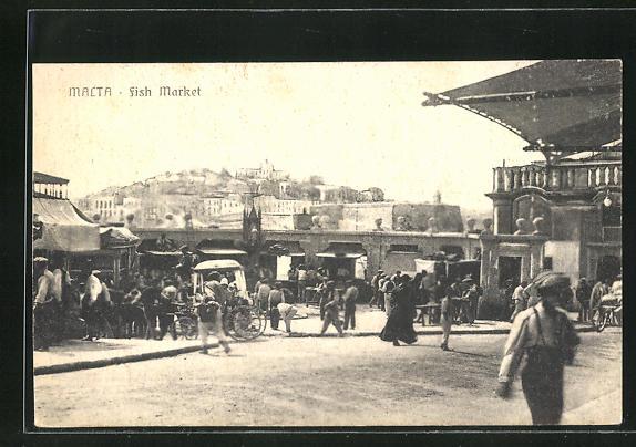 AK Malta, Fish market, Fischmarkt mit Händlern