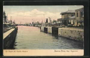 AK Buenos Aires, Un Dique del Puerto Madero, Hafenpartie
