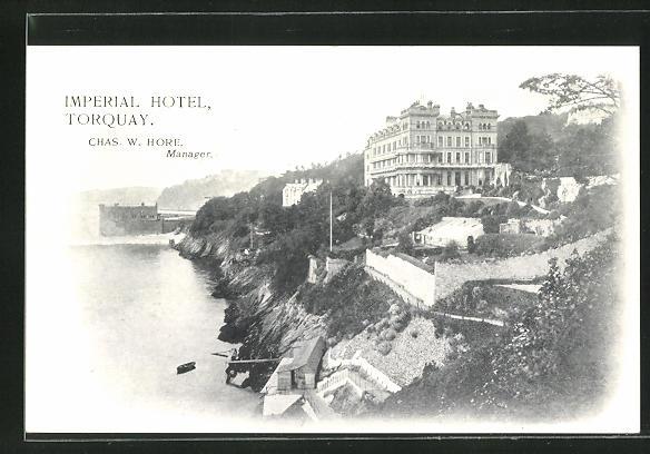 AK Torquay, Imperial Hotel, Blick auf Küste