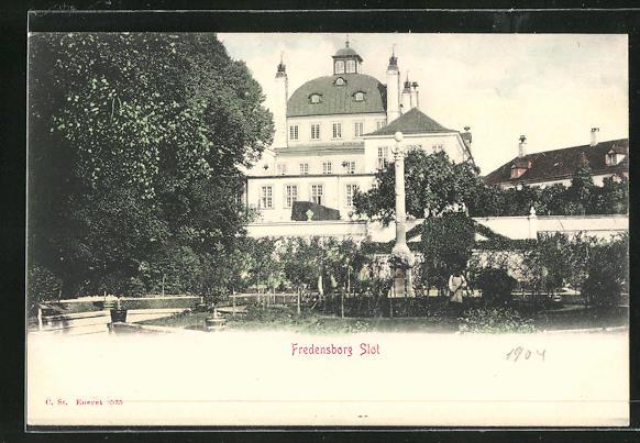 AK Fredensborg, Slot