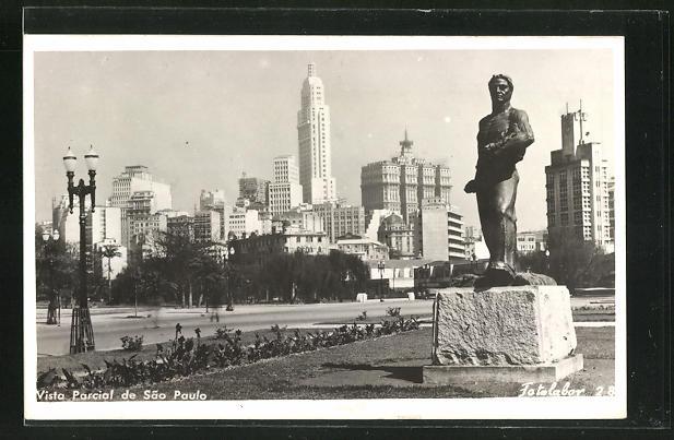 AK Sao Paulo, Vista Parcicial, Monumento