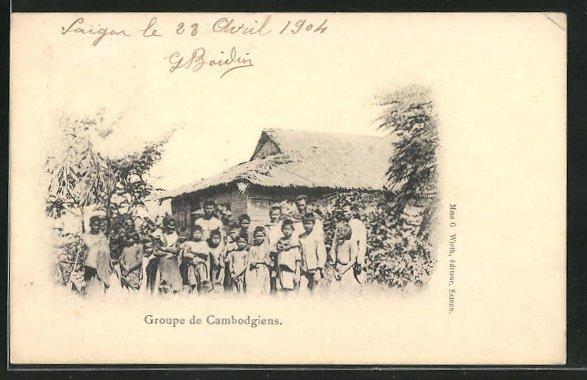 AK Kambodscha, Anwohner vor ihrer Hütte
