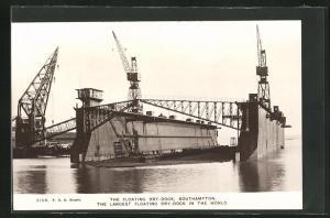AK Southampton, The Floating Dry Dock