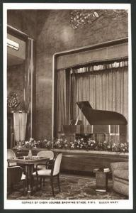 AK Passagierschiff R.M.S. Queen Mary, Corner of Cabin Lounge showing Stage