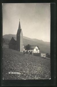 AK Windegg, Blick von Feld auf Kirche und Haus, Gebirge