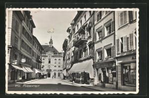 AK Porrentruy, Strassenansicht mit Häuser und Geschäften