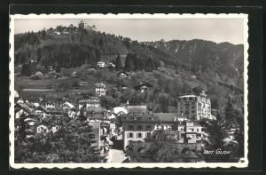 AK Glion, Ortsansicht mit Häuser, Wald und Berge, Hotel de Glion