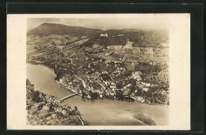AK Stein am Rh., Totalansicht mit Brücke, Häuser, Felder und Hohenklingen
