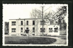 AK Huizingen, Domaine Provincial, Auberge de jeunesse