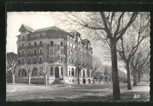AK Gap, Grand Hotel Lombard