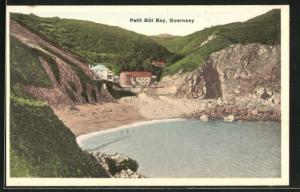 AK Guernsey, Petit Bot Bay