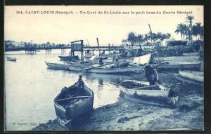 AK Saint Louis, Un Quai de St. Louis sur le petit bras du fleuve Senegal