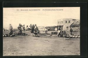 AK Djibouti, Porteuses d`eau Somalis