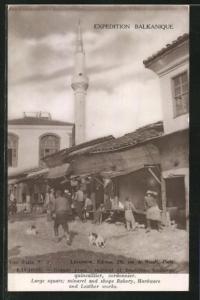 AK Kavadar, Grande place, minaret et boutiques boulanger