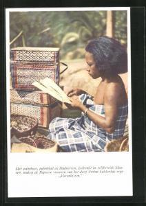 AK Suriname, met palmbast, palmblad en bladnerven, gedrenkt in zelfbereide kleuren