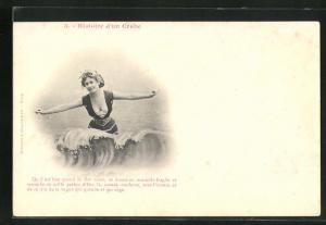 AK Frau im Badeanzug lässt sich von den Wellen umspielen, Bademode