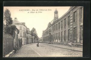 AK Louviers, Rue de l`Hotel-de-Ville, et Hotel de Ville