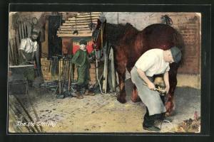 AK Schmied beim Beschlagen eines Pferdes am Hinterlauf, Schmied am Amboss