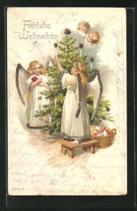 AK Weihnachtsengel schmücken den Christbaum
