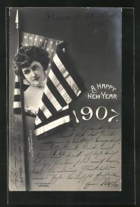 AK A Happy New Year, US-Amerikanische Flagge und Jahreszahl 1907