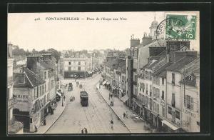 AK Fontainebleau, Place de l'Etape aux Vins et Tramway, Strassenbahn