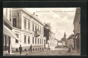AK Bruck a. d. Leitha, Blick in die Kaiser Franz Josef-Strasse