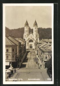 AK Amstetten, Bahnhofstrasse mit Kirche