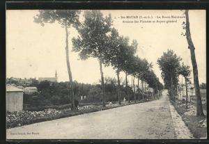AK Ste-Maure, La Route Nationale, Avenue des Plantes et Aspect general