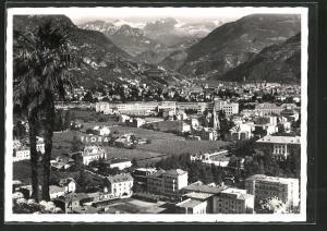 AK Bozen-Gries, Panorama gegen Rosengarten mit Hotel-Pension Flora