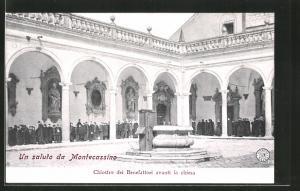 AK Montecassino, Chiostro dei Benefattori avanti la chiesa