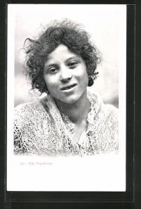 AK Neapel / Napoli, Tipi Napoletani, Porträt einer jungen Frau